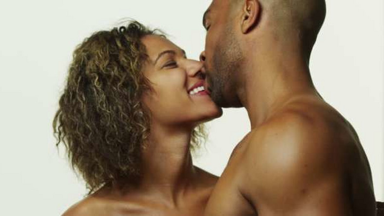 Better sex could be all your relationship needs to improve. And scheduling may just be the best way to get it. (Shutterstock)