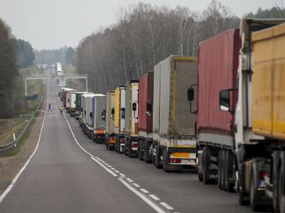 MF przyznaje: właściciele przedsiębiorstw transportowych będą mieli do dyspozycji mniejszą ilość paliwa