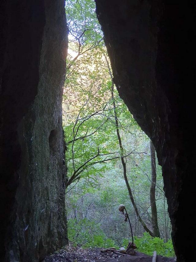 Pećina u kojoj su pronađene kosti i lobanja