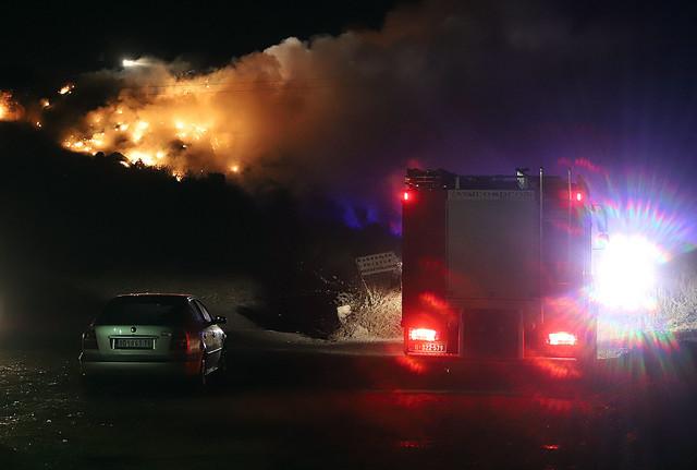 Veliki požar na deponiji u Smederevu