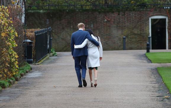 Mladi par planira da se povuče i živi finansijski nezavisnim životom