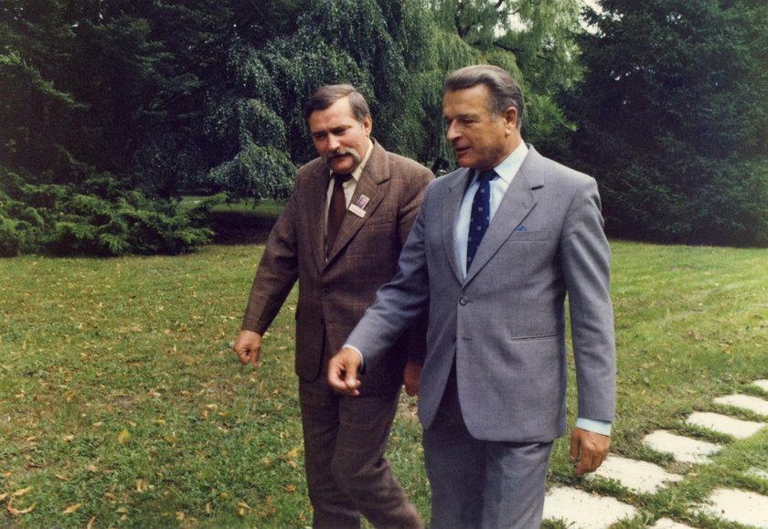 Lech Wałęsa i Czesław Kiszczak