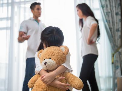 Nowe prawo zmusiło rodziców do płacenia alimentów
