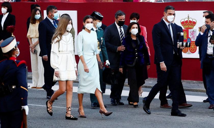Księżniczka Sofia na paradzie w święto narodowe Hiszpanii.
