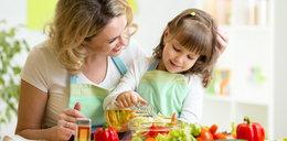 Szykujesz posiłek dla dziecka? Musisz o tym pamiętać