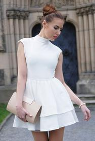 Elegancka rozkloszowana sukienka