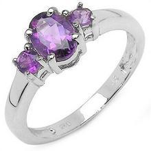 Klasyczny srebrny pierścionek z 3 naturalnymi ametystami 1,05 ct 2806-uniw