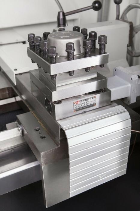 028 02861397 Tokarka CNC do metalu maks długość robocza 350mm przelot wrzeciona 63mm moc silnika 5,5 kW) 61397-uniw