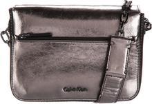 Calvin Klein Night Out Small Handbag Srebrny UNI (209366)