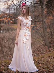 Królowa Bajka - ręcznie haftowana suknia ślubna