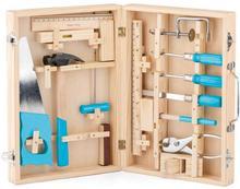 Woody Metalowe narzędzia w drewnianym kuferku