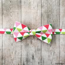 Triangle. Mucha w mozaikę - zieleń i róż