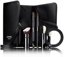 Chanel COLLECTION LIBRE LES INDISPENSABLES DE Zestaw pędzelków