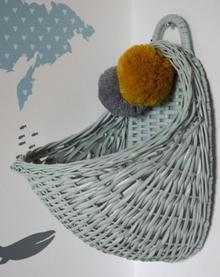 LiLu Koszyk ścienny wiklinowy - różne kolory