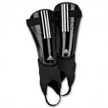 Adidas OCHRANIACZE PIŁKARSKIE NAGOLENNIK 11 Club X18305 219000737