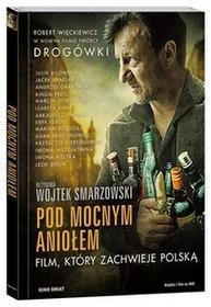 Add Media Pod Mocnym Aniołem. Książka+DVD Wojtek Smarzowski