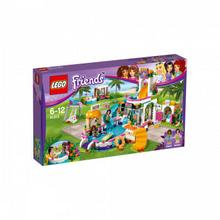LEGO Friends Letni basen Heartlake 41313