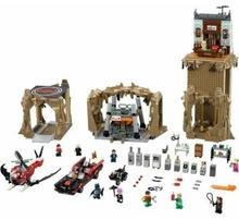 LEGO Super Heroes Super Heroes The Batcave 76052