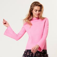 MOHITO Miękki sweter z rozszerzanym rękawem - Różowy