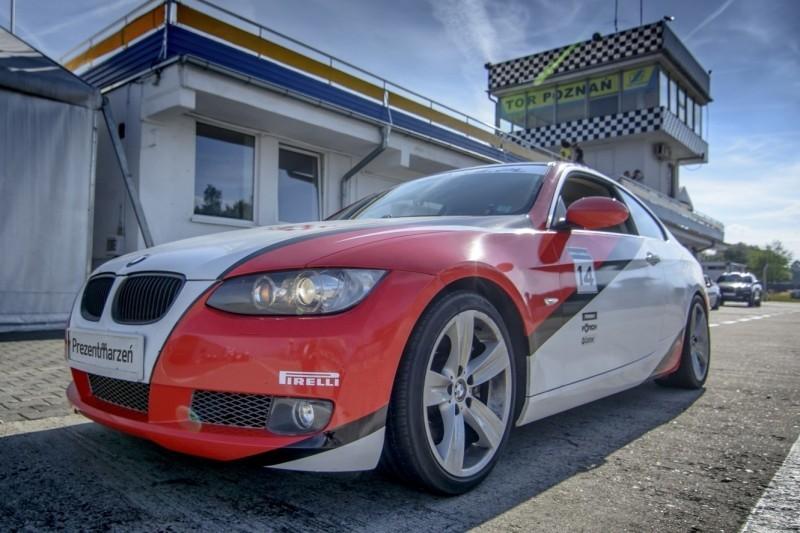 Jazda BMW BiTurbo Performance : Ilość okrążeń - 2, Tor - Tor Olsztyn, Usiądziesz jako - Kierowca