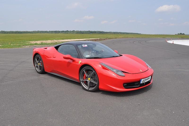 go racing Jazda Ferrari 458 Italia : Ilość okrążeń - 6, Tor - Tor Łódź, Usiądziesz jako - Kierowca