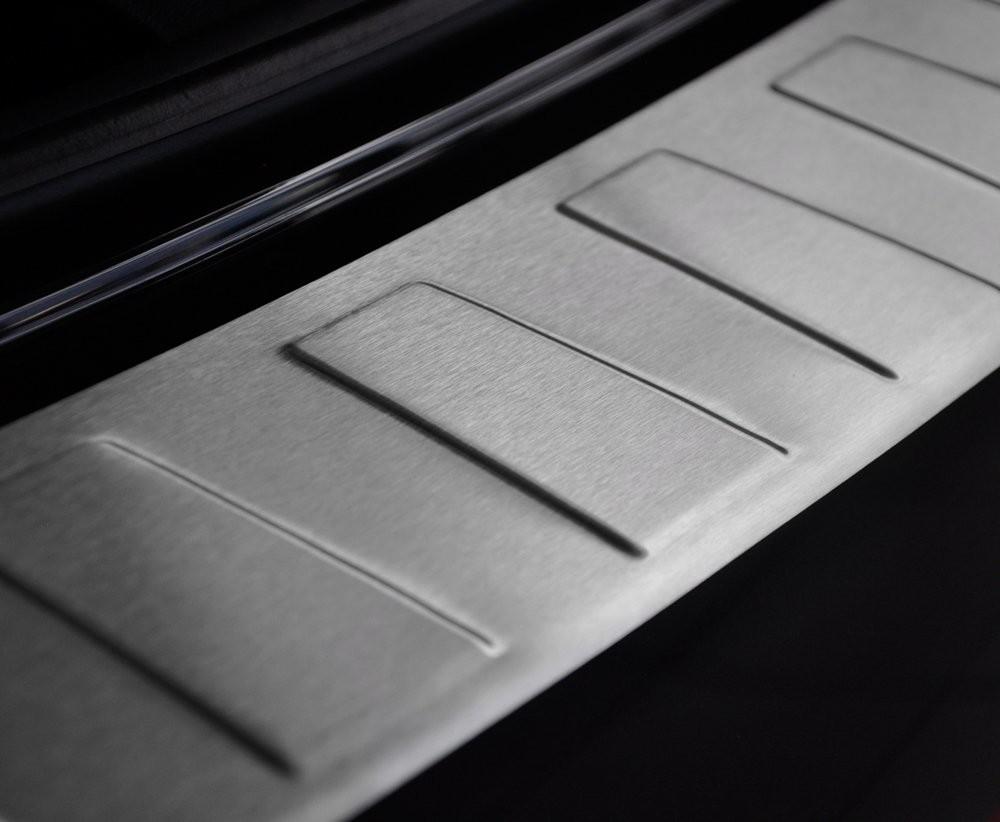 CRONI AUDI A6 C7 Allroad od 2016 Nakładka na zderzak TRAPEZ Mat