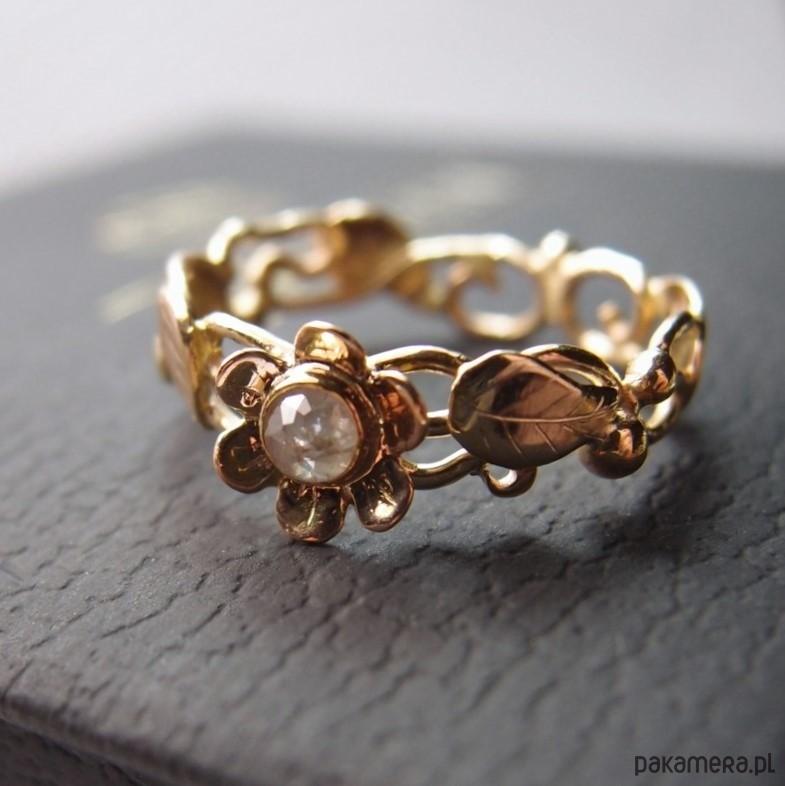 Skagen Diamont Daisy... złoty pierścionek z diamentem