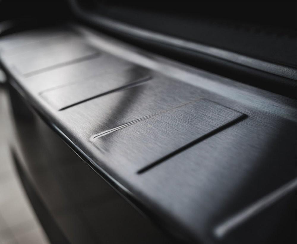 CRONI Honda CRV IV FL 2014-2017 Nakładka na zderzak TRAPEZ Czarna szczotkowana