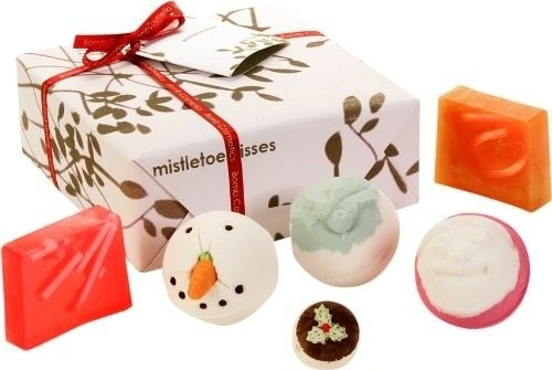 Bomb Cosmetics Mistletoe Kisses Gift Pack Zestaw upominkowy 1234589987