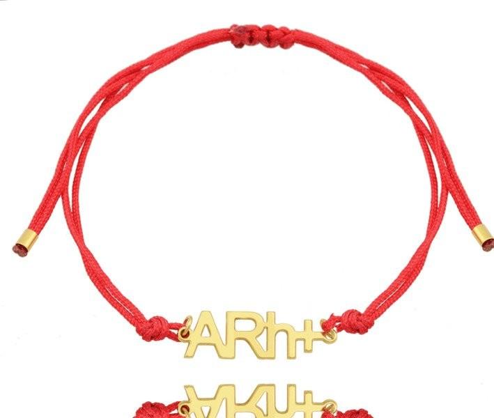 MAK-Biżuteria 1091 bransoletka z grupą krwi srebro 925 złocone ,na sznureczku dowolna grupa krwi,