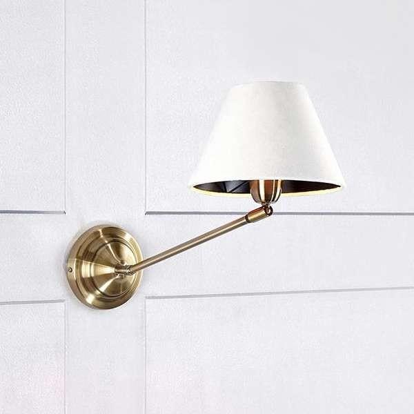 Markslojd Kinkiet LAMPA ścienna GARDA 107388 klasyczna OPRAWA abażurowa na metalowym wysięgniku biała złota
