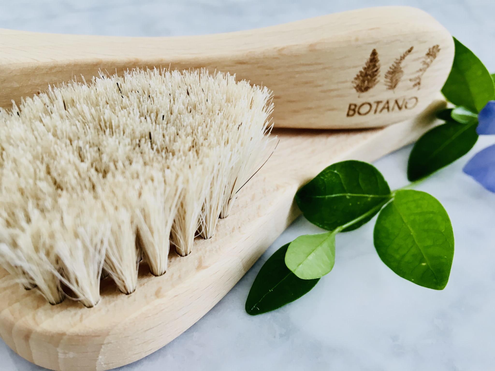 Botano Botano Szczotka Do Masażu Twarzy I Peelingu Na Sucho Z Naturalnym Włosiem