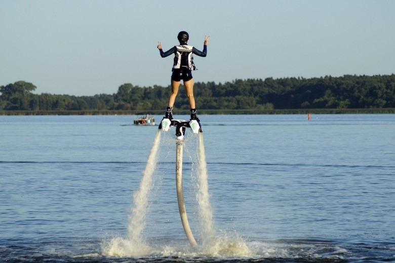Flyboard  ewolucje na wodzie  Jezioro Zegrzyńskie P0005221