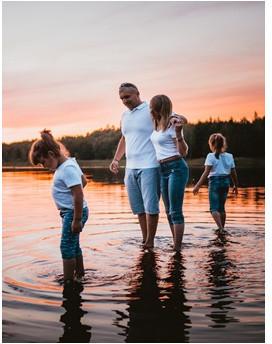 Portret rodzinny  rodzinna sesja zdjęciowa  Koszalin P0006884
