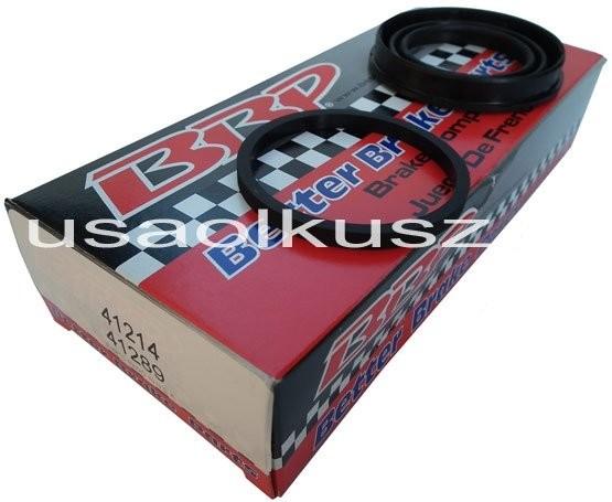 BetterBrakeParts Zestaw uszczelnień zacisku tylnego Lincoln Town Car Sedan 2003-2011