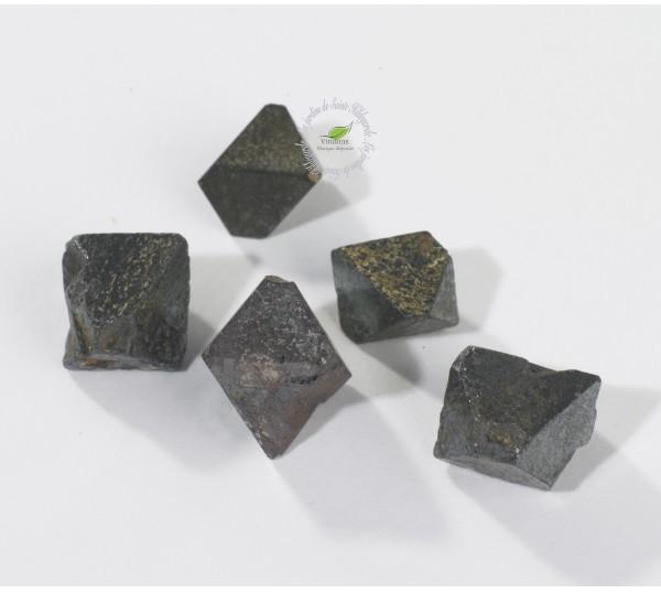 Ogrody Hildegardy Kamienie szlachetne - Magnes kryształ naturalny 70078