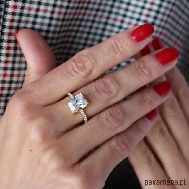 Skagen Złoty pierścionek ROYAL PRINCESS z cyrkoniami