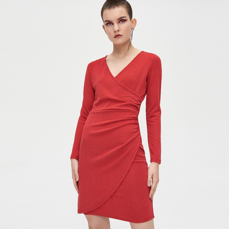Cropp Cropp - Sukienka z kopertowym dekoltem - Czerwony