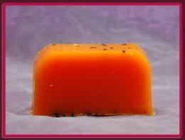 Lavea MARCHEWKOWE - mydło organiczne na wagę Mydlo-Marchewkowe
