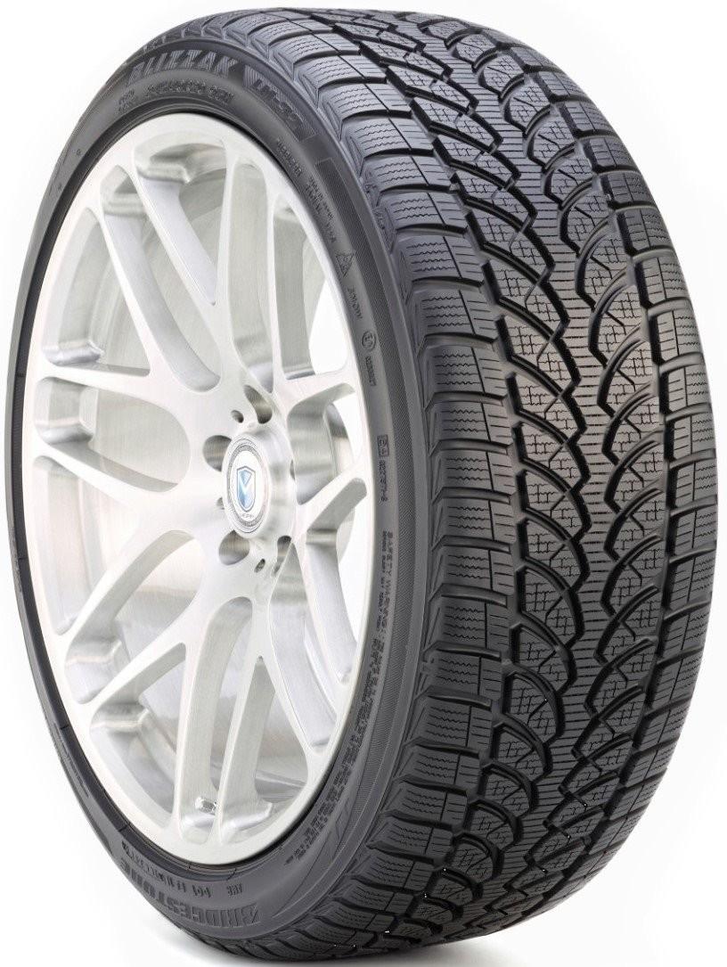 Bridgestone Blizzak LM32 215/45R16 90V
