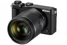 Nikon 1 J5 + 10-100 kit czarny