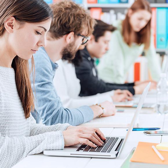 Laptopy dla studenta