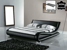 Beliani łóżko skórzane 180x200 cm ze stelazem AVIGNON bialo-czarny