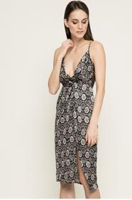 Missguided Sukienka DE910736 czarny