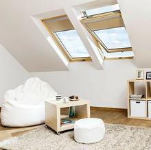 Fakro okno dachowe drewniane obrotowe FTP-V U3 z nawiewnikiem 55x98