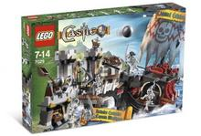 LEGO Castle Skeleton Ship Attack 7029
