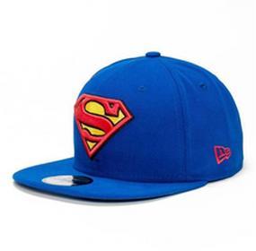 New Era Czapka - Char Basic Superman 13D14 Blue/Red/Yello (13D14)