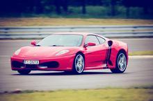Jazda Ferrari Italia vs. Ferrari F430