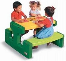 Little Tikes Stolik Picnic Table - Evergreen