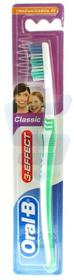 Oral-B Oral-B Classic 40 Medium